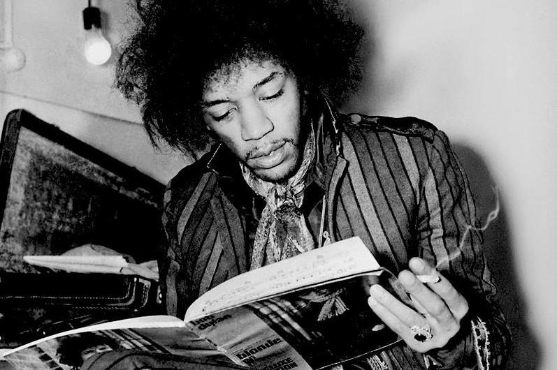 Jimi Hendrix Loved to Read Sci-Fi Before He Had a Guitar
