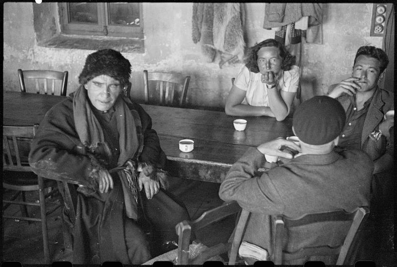 Coffee Time in France, 1943